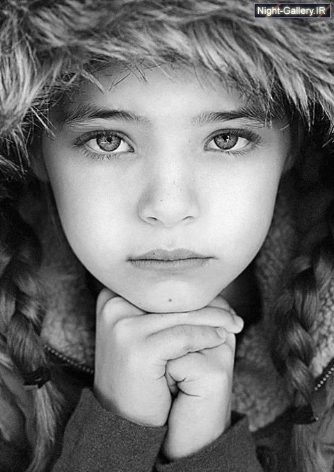 بازی بچه ها با آب, برف شادی در زمستان, تصاویر بدیع, تصاویر جالب و دیدنی, تصاویر طبیعت زیبا, تصاویر عجیب, تصاویر هنری, دختر با موههای قرمز, دختر ب